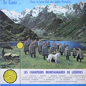 Couverture de l'album : chanteurs dans les montagnes
